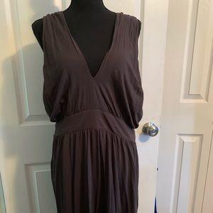 Brownish sleeveless dress